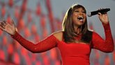 Yolanda Adams performs for veterans