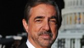 Joe Montegna headshot